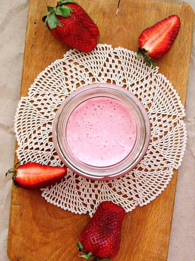 strawberry milkshake2